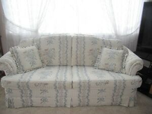Queen sofa bed and matching couch Cornwall Ontario image 1