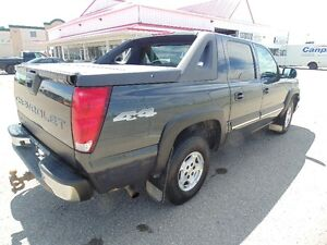 2004 Chevrolet Avalanche No Accidents 4x4 INCLUDES WARRANTY!
