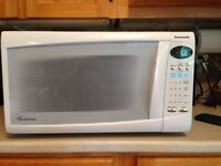 Panasonic Inverter Microwave (white in Colour) FOR SALE!!
