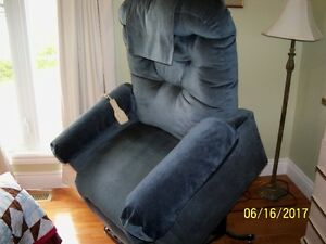 Lift Chair Electric by Pride $150.