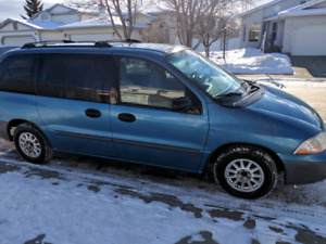 2002 Ford Windstar LX Minivan