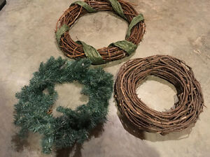 Wreaths to Decorate for Christmas