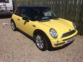 MINI COOPER 1.6 03 REG PANORAMIC ROOF HALF LEATHER MINT CONDITION ALLOYS