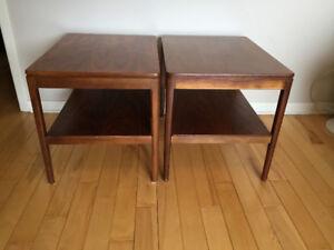 Tables de Coin en Noyer *** Walnut End Tables