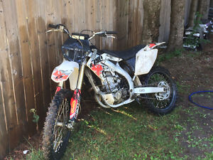 05 crf 450r with excel rims fmf exhaust (not running)