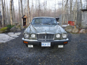 Classy driving 1976 Jaguar XJ12L