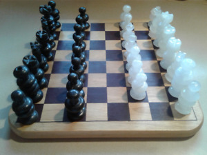 Vintage Onyx/Marble Chess set  1988 and Checkers set