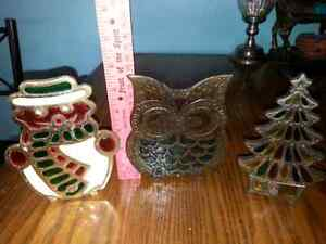 LOT OF 3 CAST IRON FIGURES,1 NAPKIN, 2 CANDLE$5.00 FOR ALL Windsor Region Ontario image 1