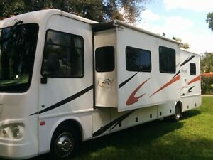 07 RV 35ft 2 slides/bunkhouse/washing machine FOR RENT