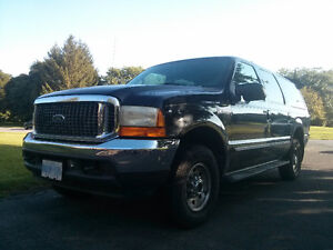 2000 Ford Excursion XLT - Family Hauler or Capable Work Truck