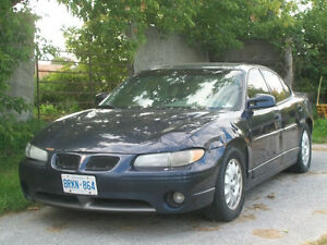 2000 Pontiac Grand Prix GT Sedan