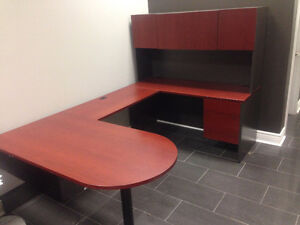 Large U Shaped Computer / Office Desk GREAT Condition!