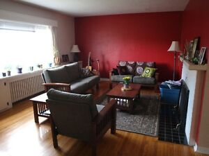 2 bedroom house- short term sublet (April 15-July 30)