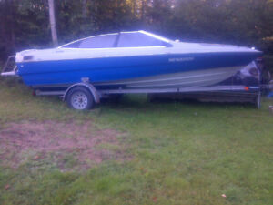 19FT BAYLINER CAPRI BOW RIDER and TRAILER