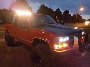 """""""BIG RED """" 98 chevy silverado lifted with 410 gears  Peterborough Peterborough Area image 4"""