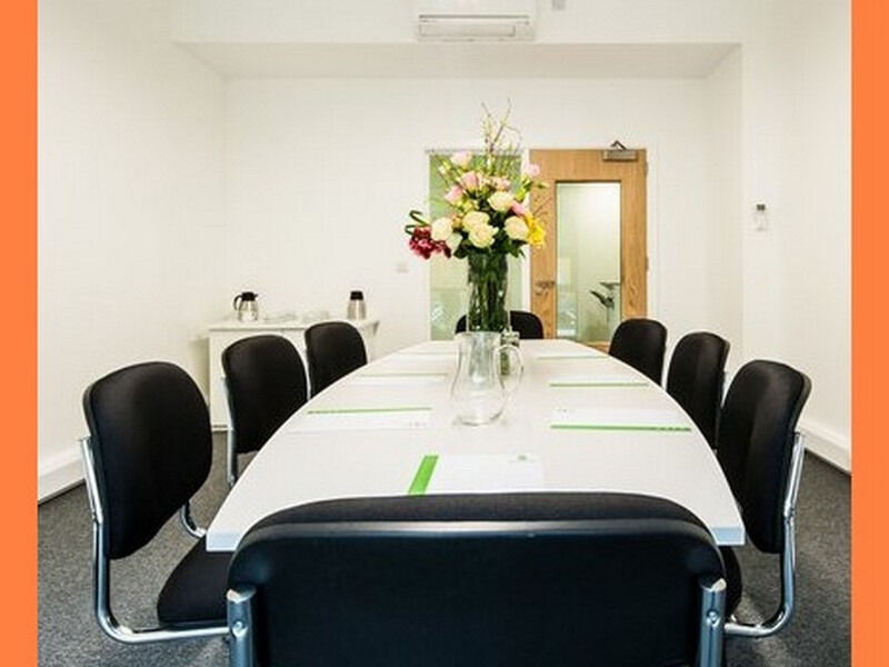 ( RH16 - Haywards Heath ) Serviced Offices to Let - £ 250