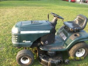 "Craftsman 42"" cut riding mower"