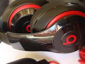 AUTHENTIC BEATS BY DRE AUDIO HEADPHONE WITH USB CHARGER Regina Regina Area image 6