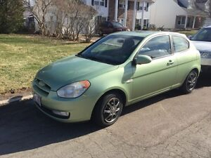 2007 Hyundai Accent 5 speed manual