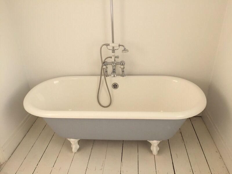Albion Geminus Roll Top Bath with integrated Albion shower head   in ...