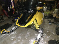 2006 Skidoo MXZ Rev 800 COMPLETE PART OUT