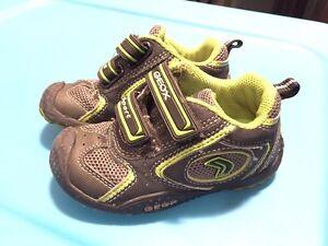 Souliers garçon  GEOX shoes boys size 23EUR