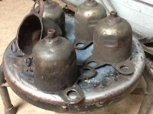 hub cap retainers
