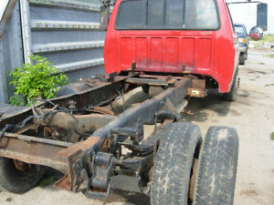 Parting Out 1990 F350 Cab and Chassis 16,000 lb rated truck