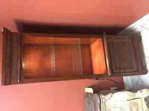 2 WOODEN DISPLAY CASES/SHELVING UNIT