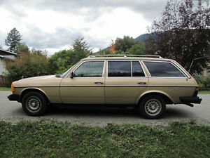 1984 Mercedes-Benz 300-Series 300TD Wagon