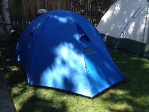 2-person backpacking tent
