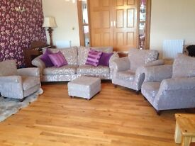 Large lounge suite. £420