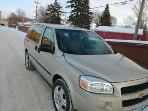 Chevy Uplander 2009 Van single owner