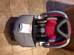 Baby trend car seat with base, winter and summer covers