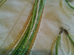 green, gold (yellow), white necklace and earings. Kitchener / Waterloo Kitchener Area image 3