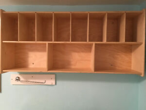 SHELVING UNIT FOR WALL