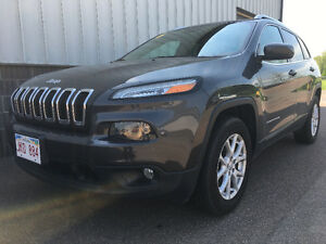 2016 Jeep Cherokee North V6 4x4 SUV