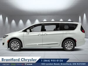2019 Chrysler Pacifica Touring-L Plus  - Sunroof