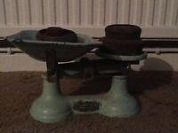 Vintage Thornton kitchen scales with weights