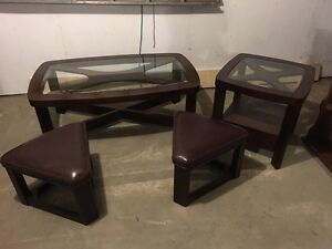 Glass Table with 2 Ottomans
