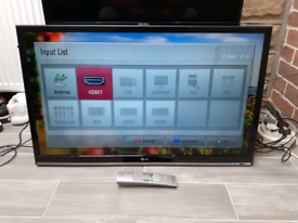 """Lg 40"""" LED FULL HD TV FREEVIEW WITH REMOTE"""