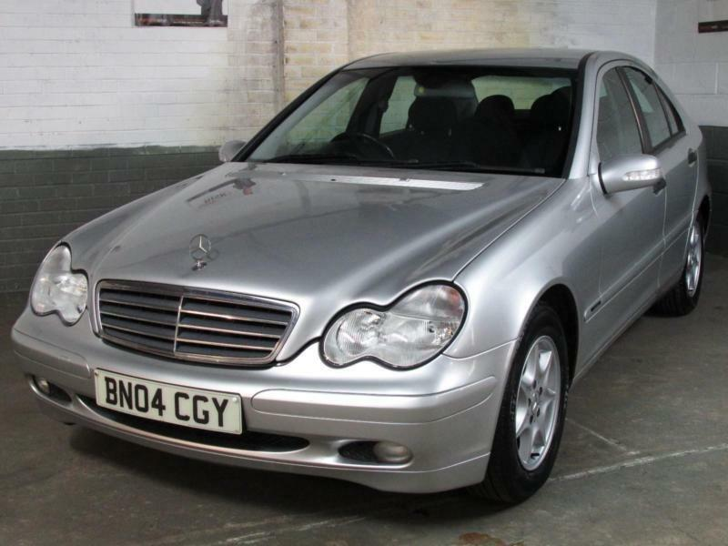 2004 mercedes benz c180 kompressor 1 8 auto 143 bhp classic se 117k 6 mth war 39 ty in mansfield. Black Bedroom Furniture Sets. Home Design Ideas