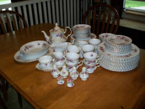 Royal Albert Lavender Rose Fine China Dishes