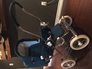 Vintage Style Carriage Stroller