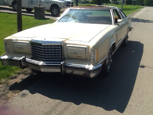 1977 TBIRD RUNS@DRIVES $900 or TRADE EVEN