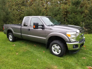 2011 Ford F250 XLT 6.2L 8' Box Extended Cab