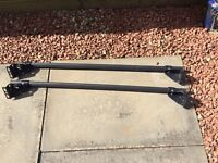 Roof bars for Ford Focus mk2
