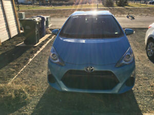 2016 Toyota Prius C with Upgrade and Winters - Accident Free
