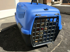 Pet  Carrier $15