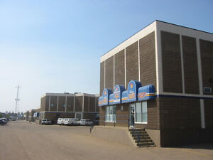 $5/psf Shop / Warehouse Bays in NW Edmonton just off the Henday